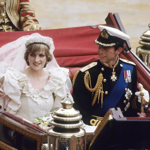 The True Story Behind Princess Diana's Fairytale Wedding in 'The Crown'