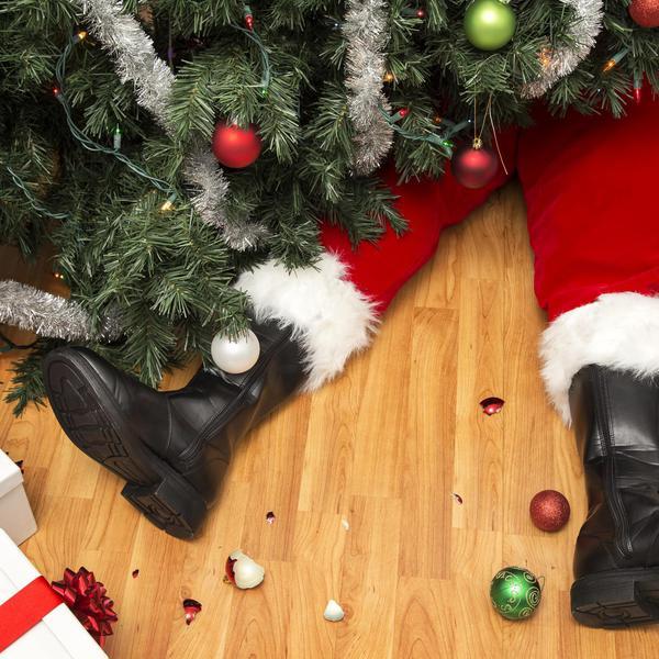 Christmas Decoration Fails That Are Ho-Ho Horrible