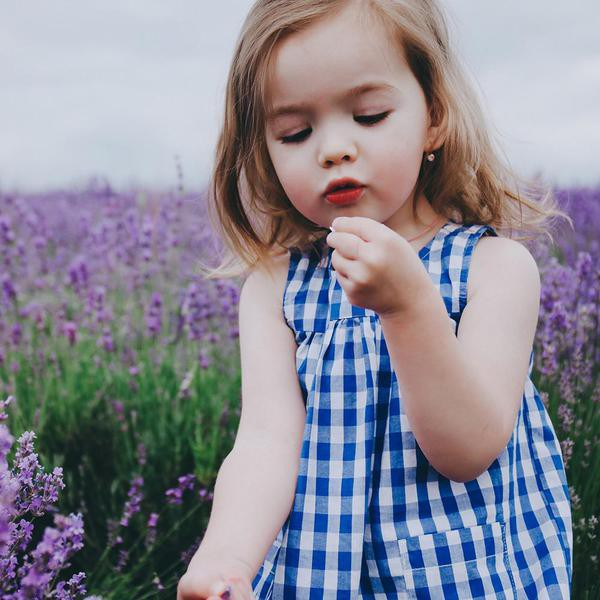 40 Beautiful French Baby Names to Name Your Little One